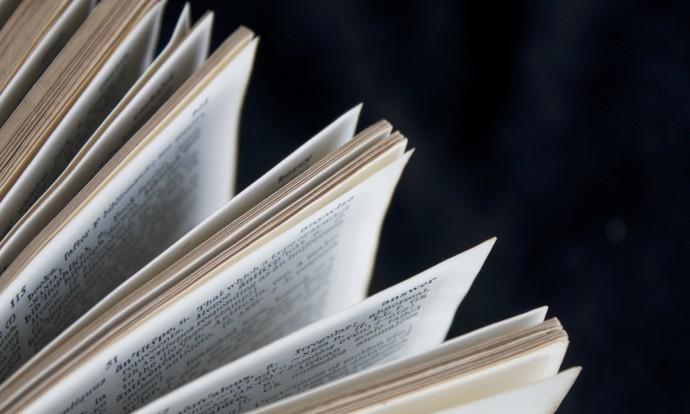 book-1466241_1920